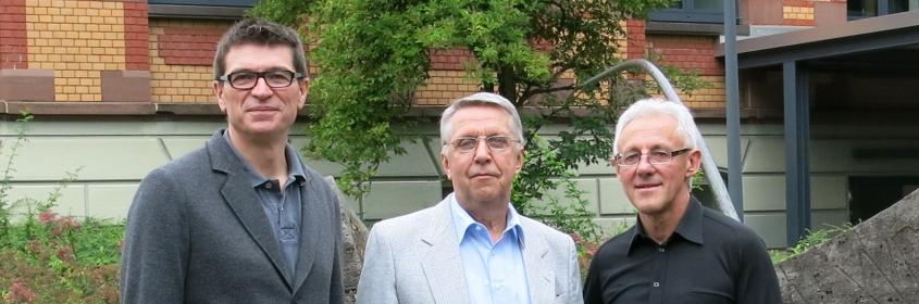 v.l.: Schulleiter Thomas Ettwein, Herbert Veit, Karl-Heinz Suske