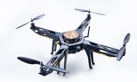Manuel Bühler: RC Quadrocopter mit FPV