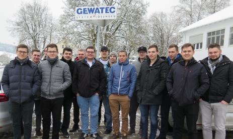 Zukünftige Industriemeister bei Gewatec in Wehingen