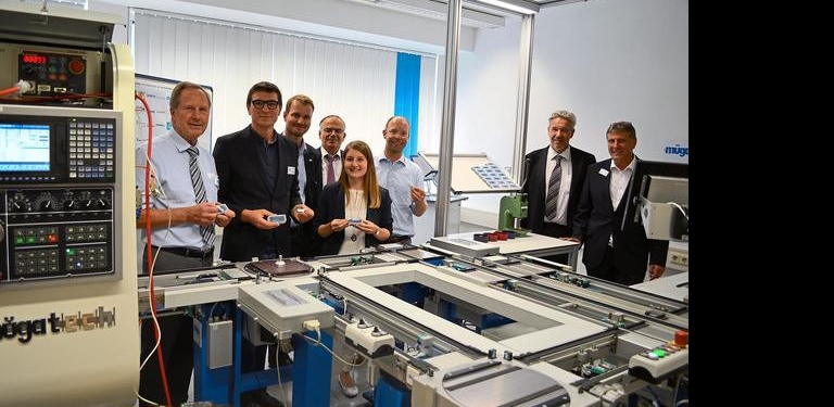 Von links: Helmut Müller, Thomas Ettwein, Heiko Häsler, Dr. Reinhold Walz, Anke Blessing, Christoph Bihler, Günter Neumann, Siegfried Kummer