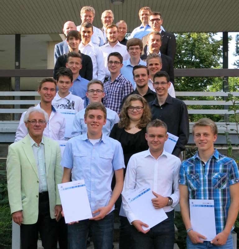 Erfolgreiche SIA-Schüler des Technischen Gymnasiums Schwenningen