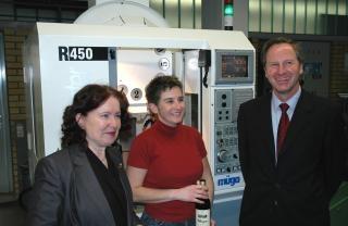 v.r.: Helmut Müller, Monika Itta, Dr. Annemarie Conradt-Mach
